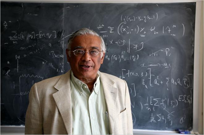 ২০০৭ সালে অ্যাবেল পুরষ্কার লাভ করেন মার্কিন গণিতবিদ এস. আর. শ্রীনিভাসা বর্ধন