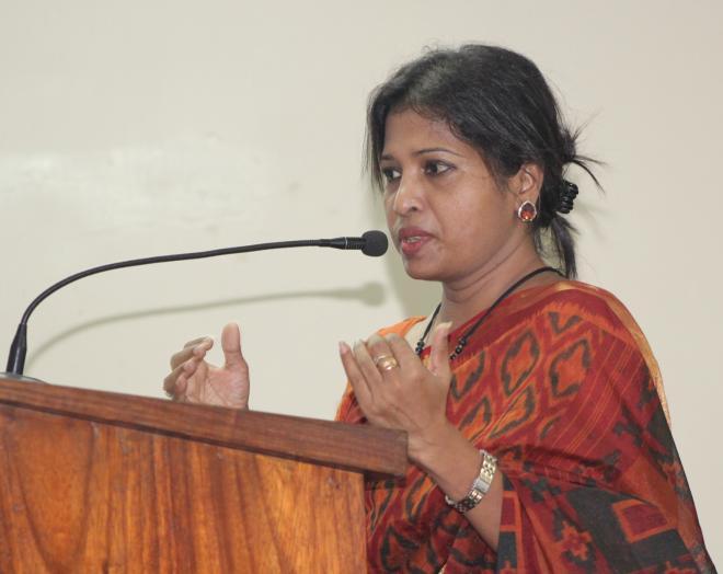 ওয়াইডাব্লিউসিএ জুনিয়র হাই স্কুলে আসিফের বিজ্ঞান বক্তৃতা 'আকাশ ও মহাকাশ এবং মহাবিশ্বে আমরা' অনুষ্ঠিত