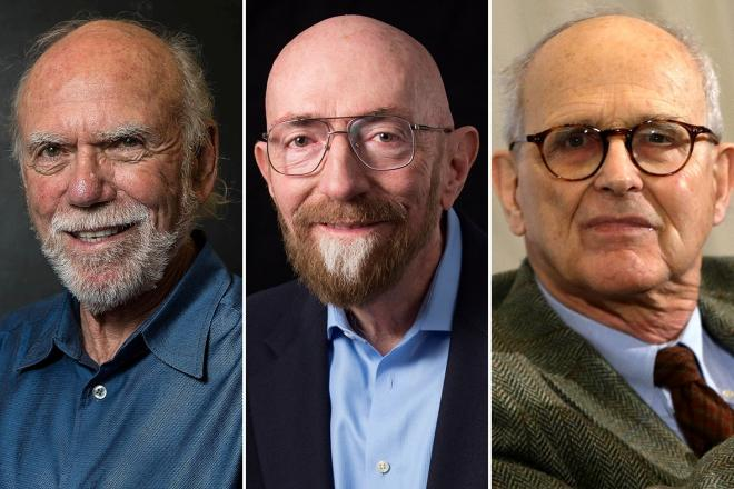 ২০১৭ সালে পদার্থবিদ্যায় নোবেল পুরস্কার পেয়েছেন তিন মার্কিন পদার্থবিদ। তারা হলেন বা থেকে ব্যারি সি ব্যারিশ, কিপ এস থ্রোন ও রেইনার ওয়েস